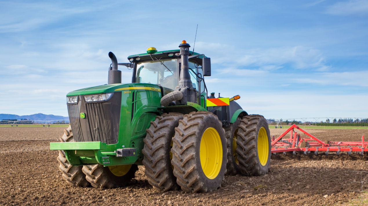 Combine and Tractor Sales Continue Their Growth