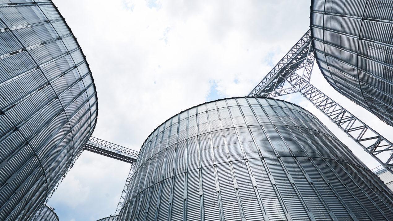 On-Farm Grain Storage Capacity Stays at 380 Million Bushels