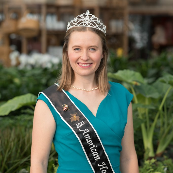 Buzzing across the country, Jennifer Hinkel begins her role as American Honey Queen